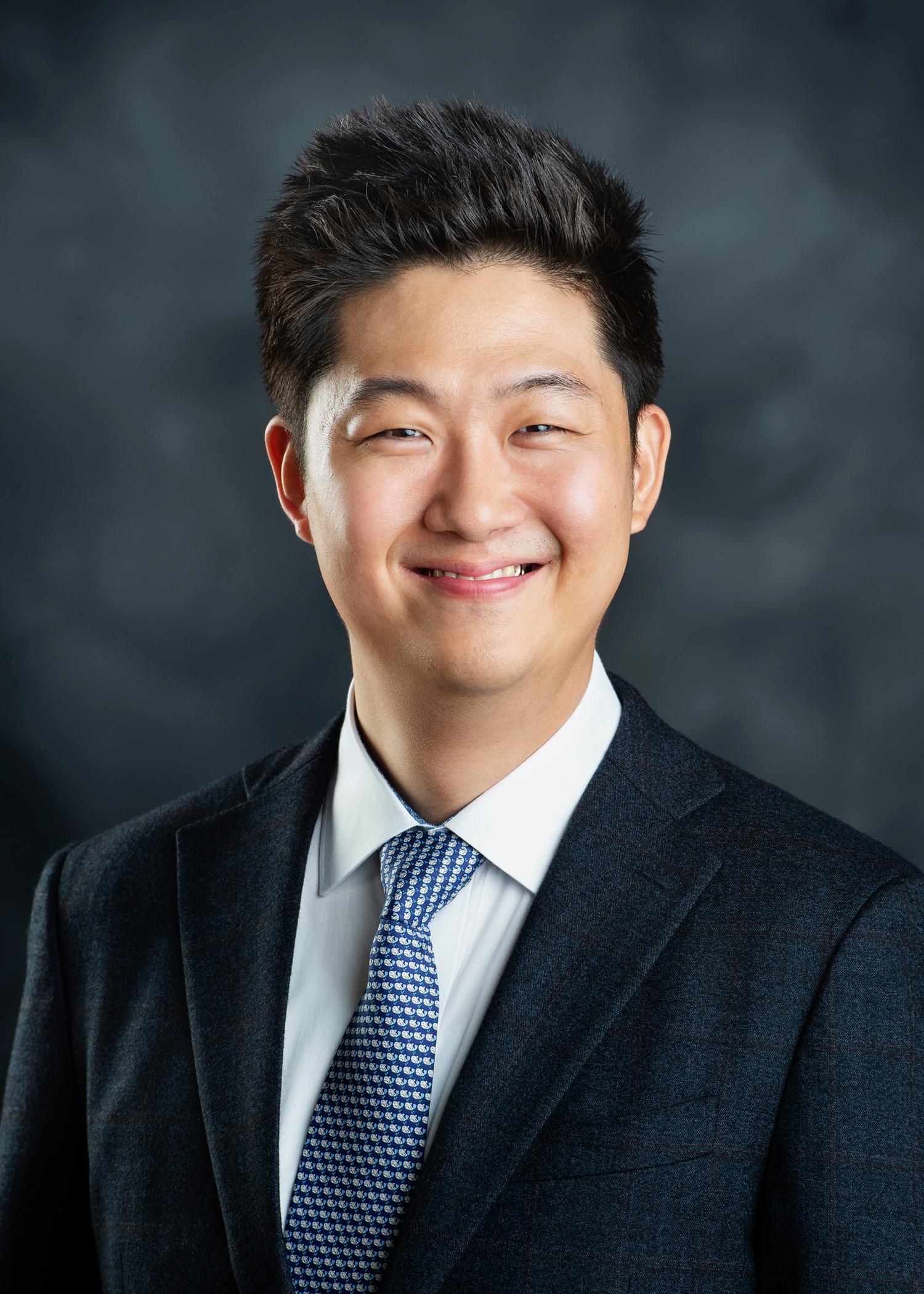 Joonsik Hwang